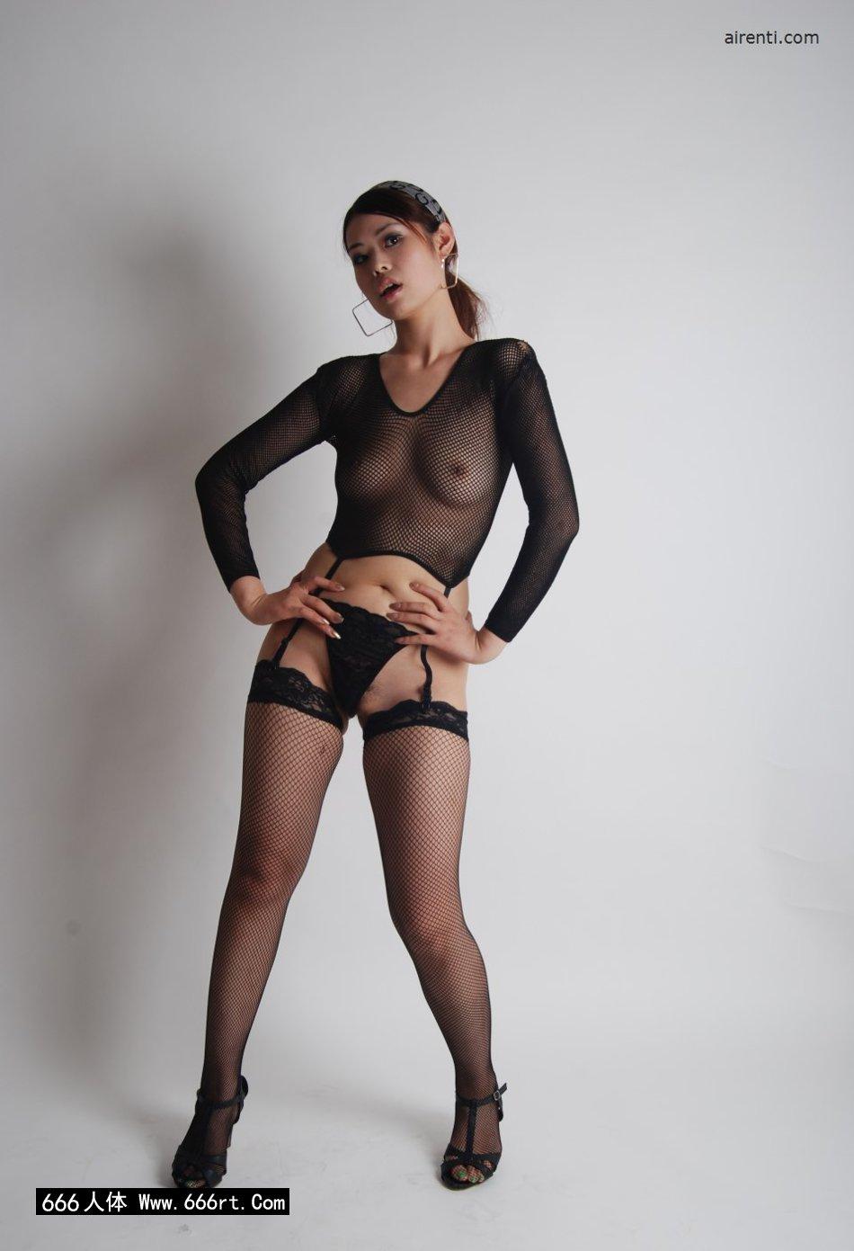 丰润淑女小倩棚拍艳丽黑丝丝袜