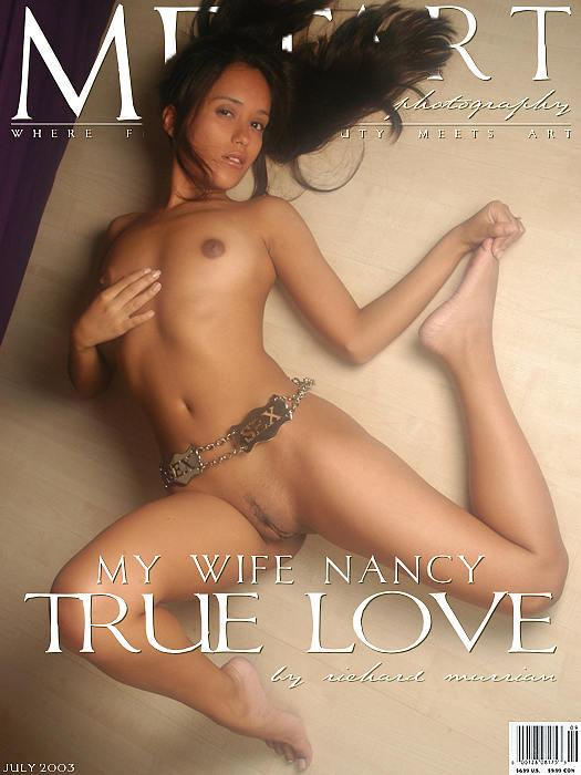 年轻甜美的舞蹈学员Nancy室拍人体